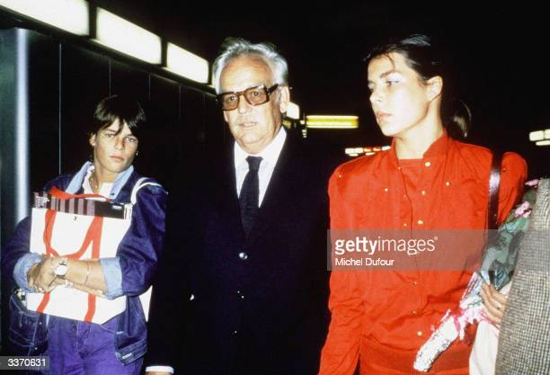 Prince Rainier III of Monaco with Princess Stephanie and Princess Caroline walking in 1980 in Paris France