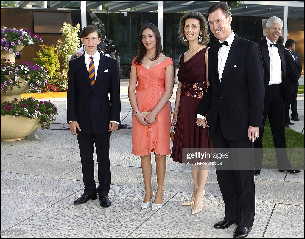 Silver anniversary of Grand Duke Henri and Grand Duchess Maria Teresa of Luxembourg: 'Homage' performance at the Grand Theatre de la Ville in Luxembourg on June 30, 2006. : News Photo
