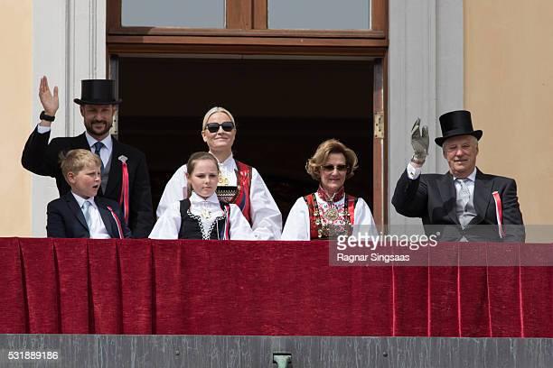 Prince Sverre Magnus of Norway Crown Prince Haakon of Norway Princess Ingrid Alexandra of Norway Crown Princess MetteMarit of Norway Queen Sonja of...