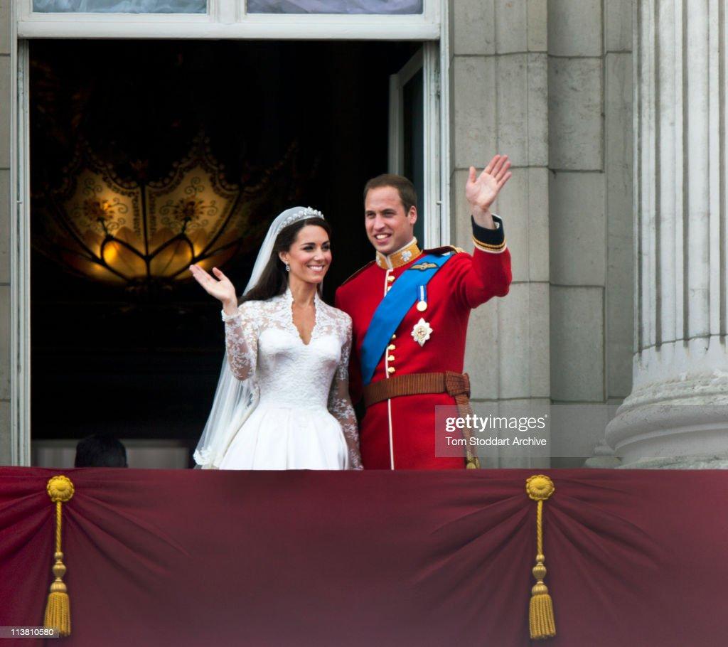 Royal Wedding Couple : News Photo