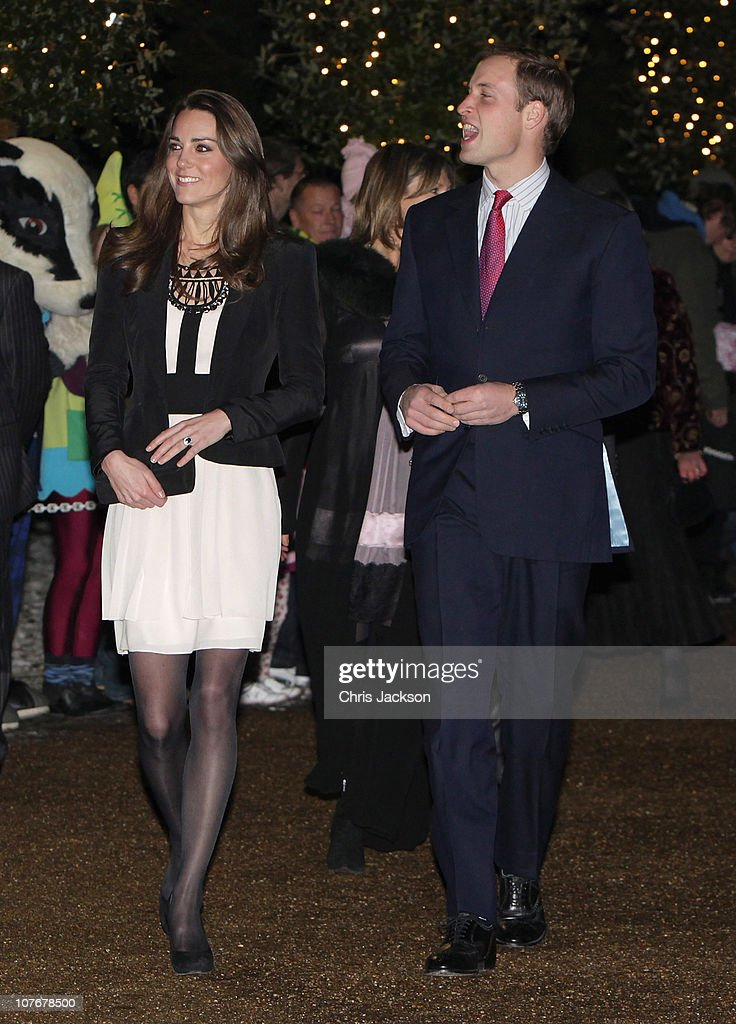 Prince William and Catherine Middleton attend a Christmas Spectacular : News Photo