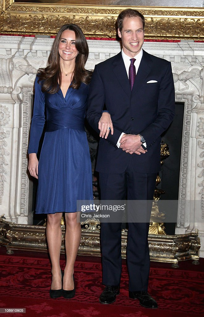 Clarence House Announce The Engagement Of Prince William To Kate Middleton : ニュース写真
