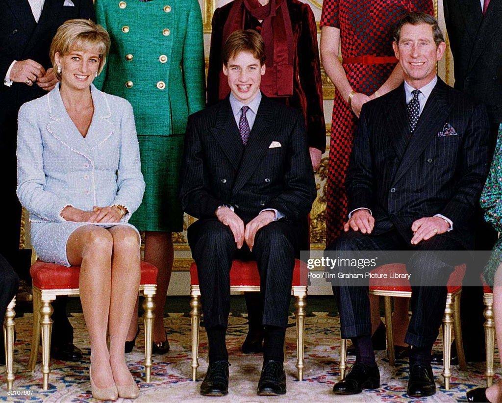 Diana - William - Charles : News Photo