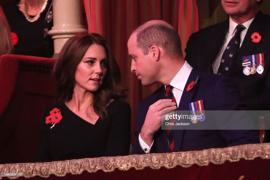 CASA REAL BRITÁNICA - Página 79 Prince-william-duke-of-cambridge-and-catherine-duchess-of-cambridge-picture-id1060004172