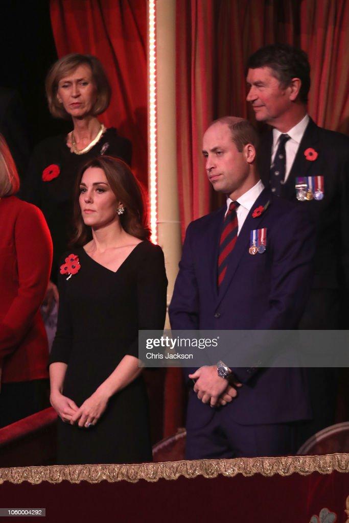 CASA REAL BRITÁNICA - Página 79 Prince-william-duke-of-cambridge-and-catherine-duchess-of-cambridge-picture-id1060004292