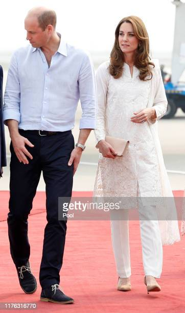 Prince William, Duke of Cambridge and Catherine, Duchess of Cambridge arrive in Lahore during their royal tour of Pakistan on October 17, 2019 in...