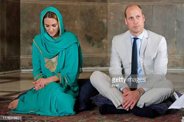 Prince William, Duke of Cambridge and Catherine, Duchess of Cambridge visit Badshahi Mosque during their royal tour of Pakistan on October 17, 2019...