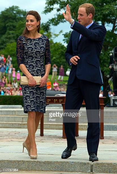Prince William Duke of Cambridge and Catherine Duchess of Cambridge visit the National War Memorial on June 30 2011 in Ottawa Canada The newly...