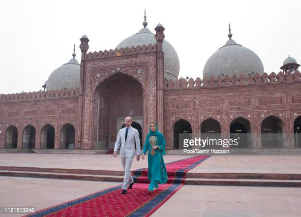 Prince William, Duke of Cambridge and Catherine, Duchess of Cambridge visit the Badshahi Mosque on October 17, 2019 in Lahore, Pakistan. Their Royal...