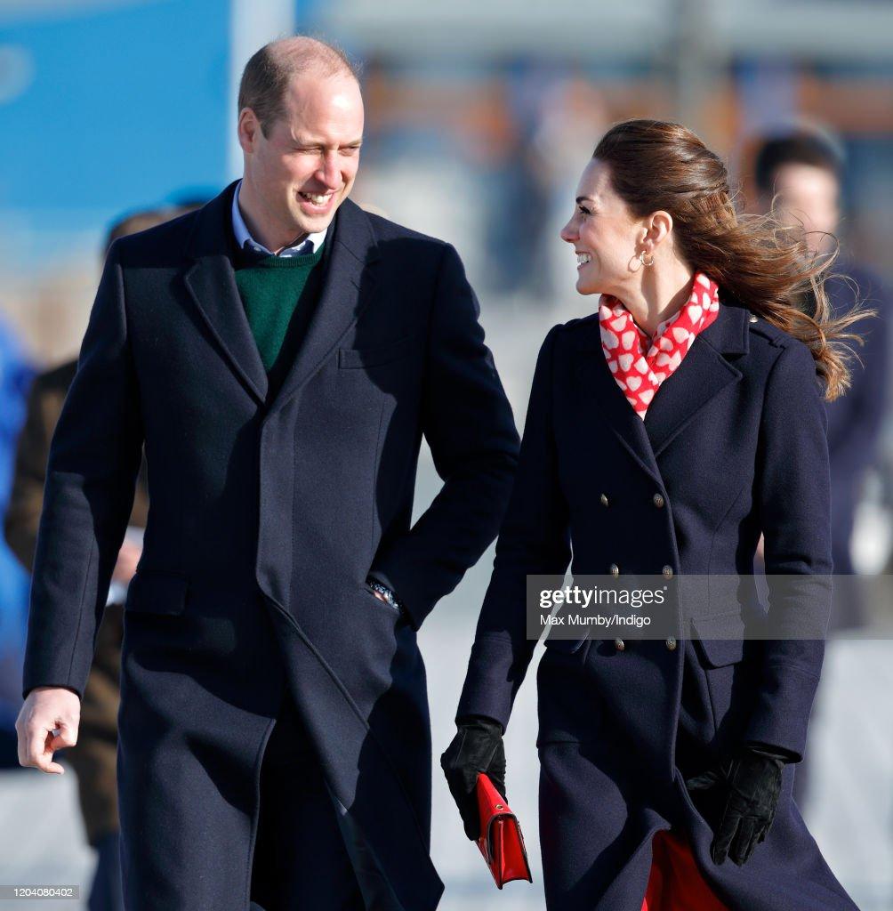 The Duke And Duchess Of Cambridge Visit South Wales : Foto di attualità