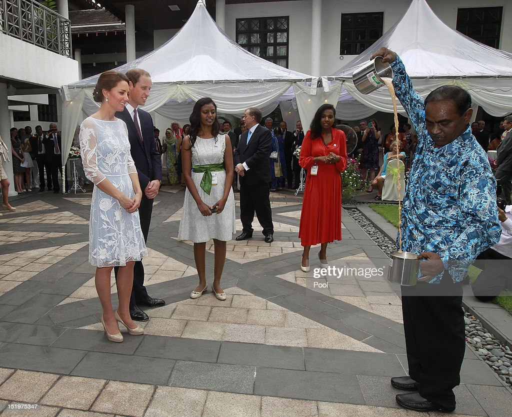 The Duke And Duchess Of Cambridge Tour Southeast Asia - Day 3 : News Photo