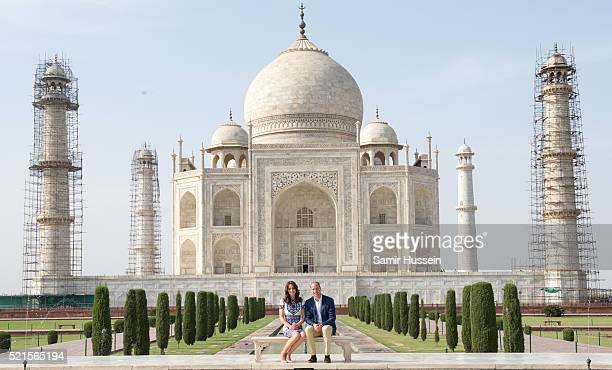 Prince William Duke of Cambridge and Catherine Duchess of Cambridge pose in front of the Taj Mahal on April 16 2016 in New Delhi India
