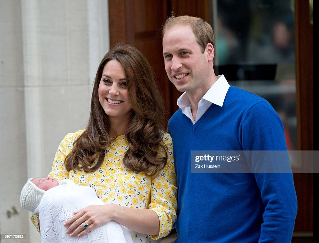 UK - The Birth of the Royal Baby in London : News Photo