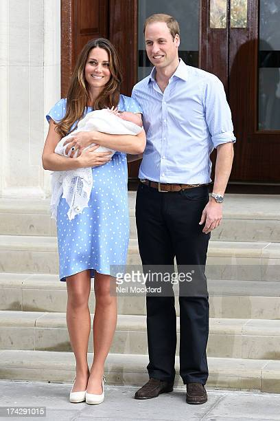 Prince William Duke of Cambridge Catherine Duchess of Cambridge and their newborn son depart the Lindo Wing of St Mary's Hospital on July 23 2013 in...