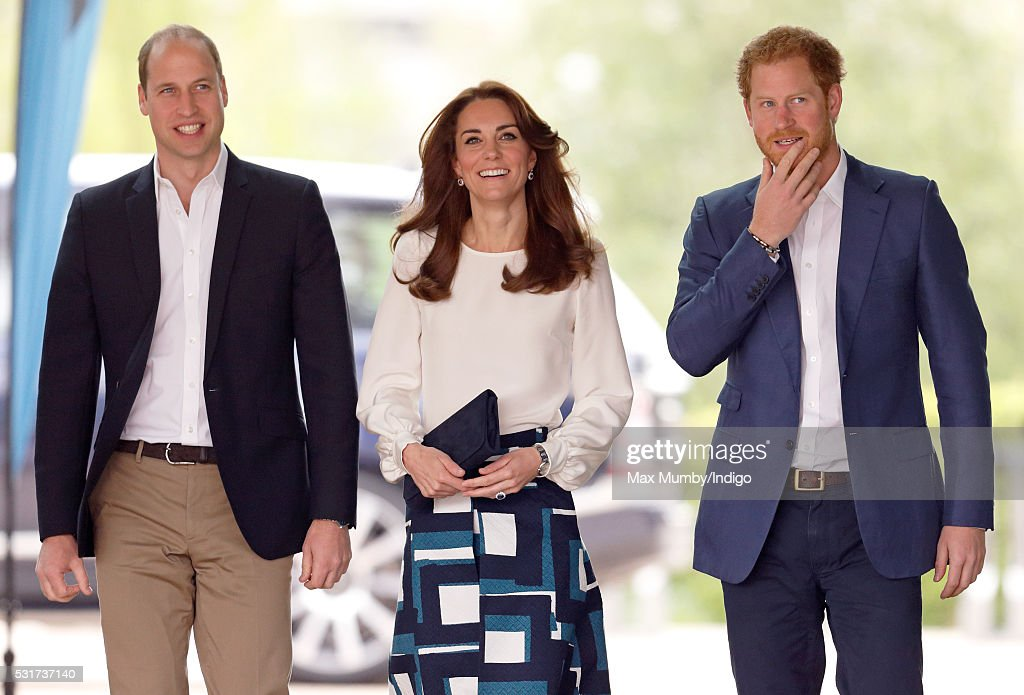 The Duke And Duchess Of Cambridge And Prince Harry Attend The Launch Of Heads Together Campaign : ニュース写真