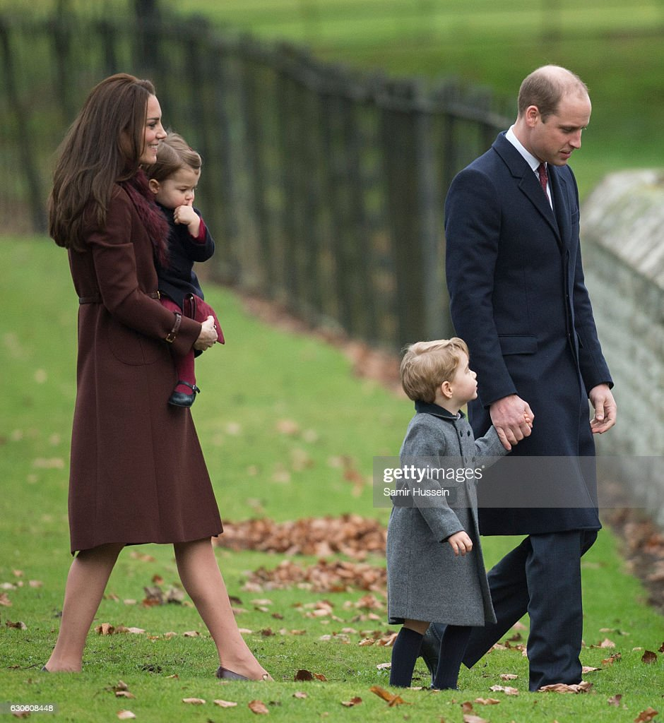 The Middleton Family Attend Church On Christmas Day : Nachrichtenfoto