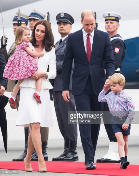 Prince William Duke of Cambridge Catherine Duchess of Cambridge Prince George of Cambridge Princess Charlotte of Cambridge arrive at Warsaw airport...