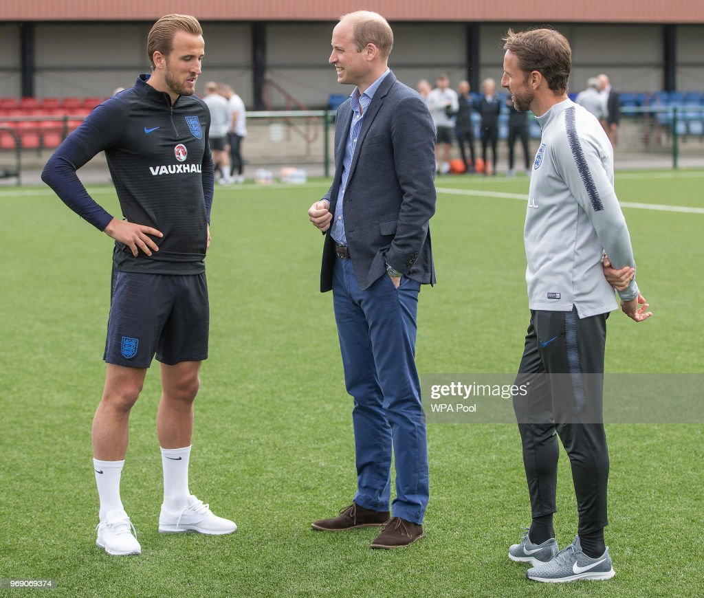 Prince William, Duke of Cambridge chats to England manager Gareth Southgate and Harry Kane as he attends the Facility at the FA Training Ground to meet members of the England Squad before their match at Elland Road this Evening on June 7, 2018 in Leeds, England.