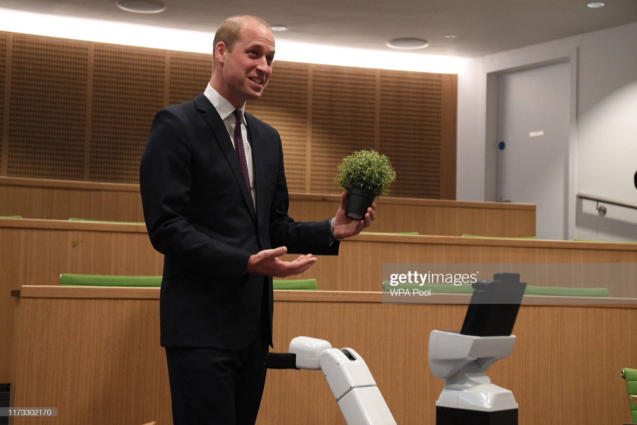 prince-william-duke-of-cambridge-interacts-with-bambam-a-robot-to-picture-id1173302170