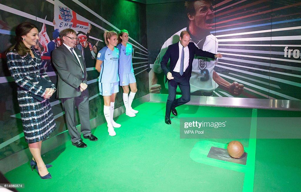 The Duke & Duchess Of Cambridge Visit Manchester : News Photo