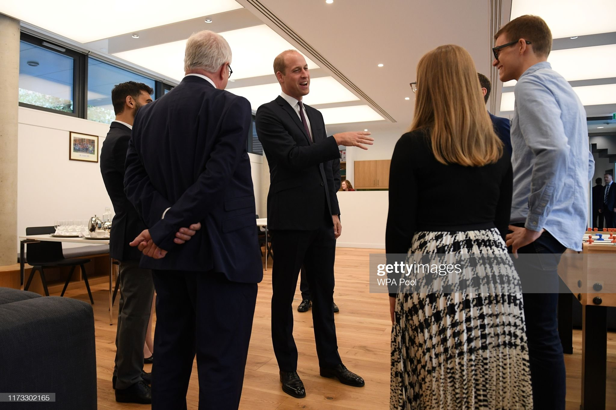 prince-william-duke-of-cambridge-meets-graduate-students-during-a-to-picture-id1173302165