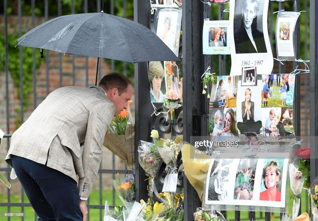 Prince William, Duke of Cambridge meets well wishers and views tributes to Princeess Diana after a visit to The Sunken Garden at Kensington Palace on August 30, 2017 in London, England. The garden has been transformed into a White Garden dedicated in the memory of Princess Diana, mother of Prince WIlliam, Duke of Cambridge and Prince Harry.
