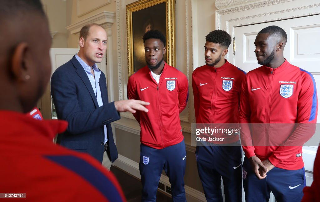 Prince William, Duke of Cambridge (L) President of the Football Association, speaks with Josh Onomah, Jake Clarke-Salter and Fikayo Tomori during a reception for the Under-20 England Football Team at Kensington Palace on September 7, 2017 in London, England. The England Under-20 side became the first England team to win a football World Cup since 1996 when they beat Venezuela 1-0 on June 11th, 2017.