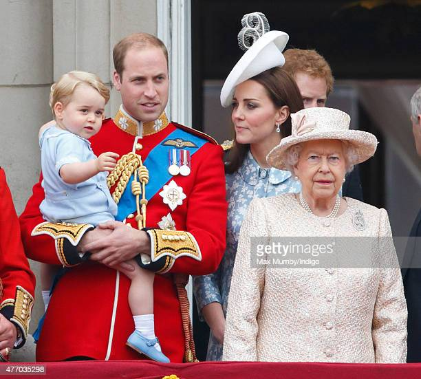 Prince William Duke of Cambridge Prince George of Cambridge Catherine Duchess of Cambridge and Queen Elizabeth II stand on the balcony of Buckingham...