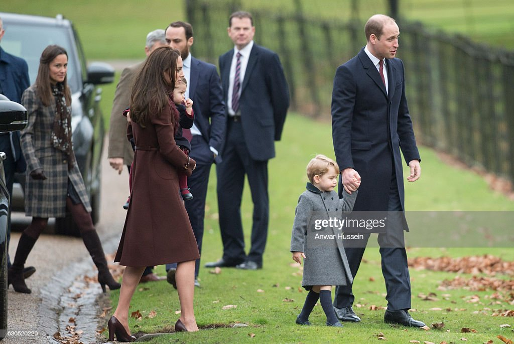 The Middleton Family Attend Church On Christmas Day : Foto jornalística