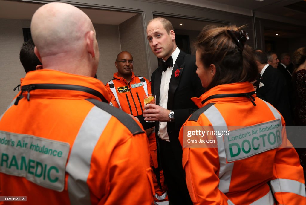The Duke Of Cambridge Attends The London's Air Ambulance Charity Gala : Nieuwsfoto's