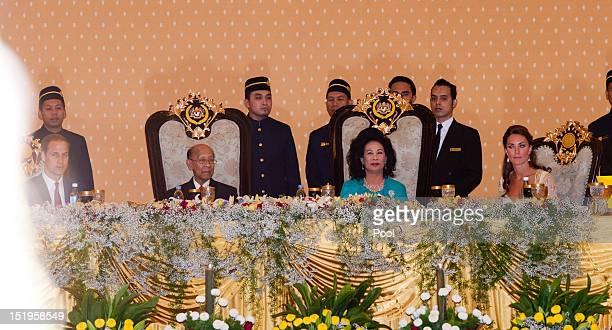 Prince William, Duke of Cambridge, Sultan Abdul Halim Mu'adzam Shah of Kedah the Yang di-Pertuan Agong of Malaysia and his wife Sultanah Tuanku...