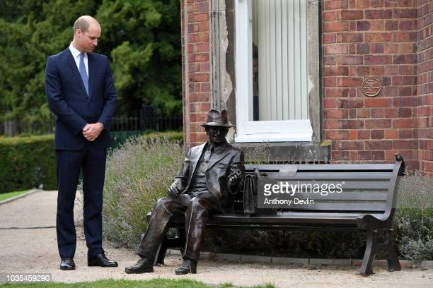Prince William Duke of Cambridge unveils a new sculpture of Major Frank Foley by artist Andy de Comyn on September 18 2018 in Stourbridge United...