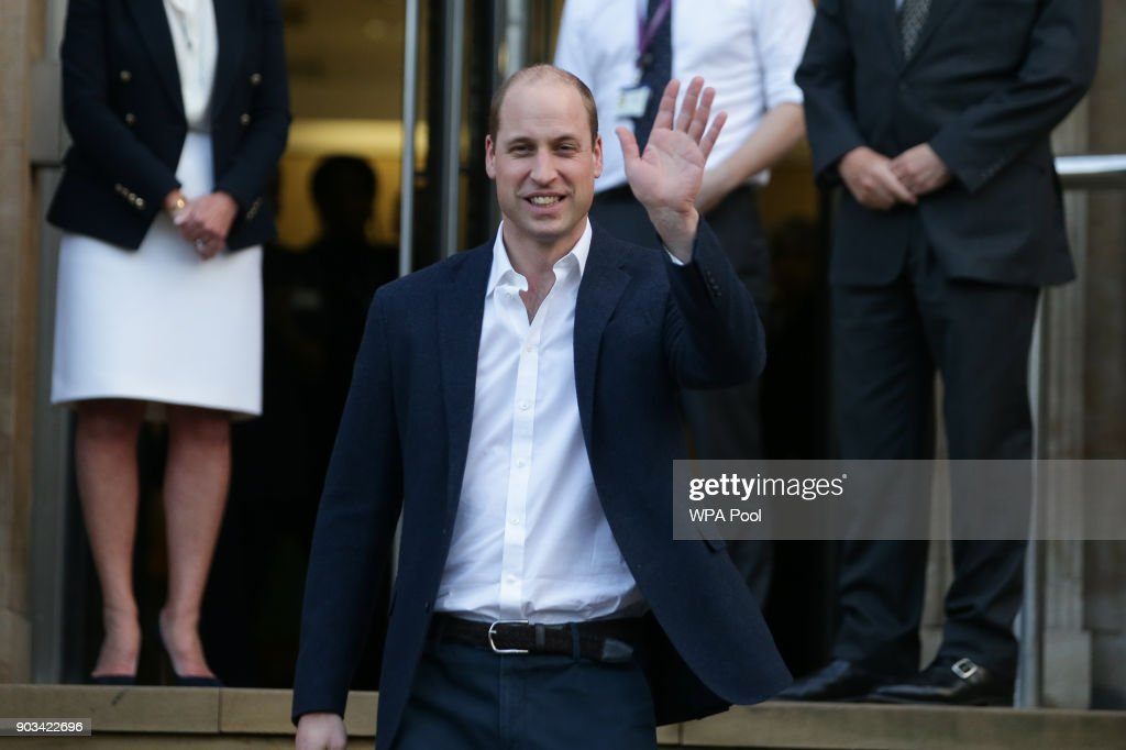 Prince William, Duke of Cambridge waves to well-wishers outside The Royal Marsden Hospital after his visit on January 10, 2018 in London, England. Prince William was visiting the hospital to view two pioneering robotic surgeries.