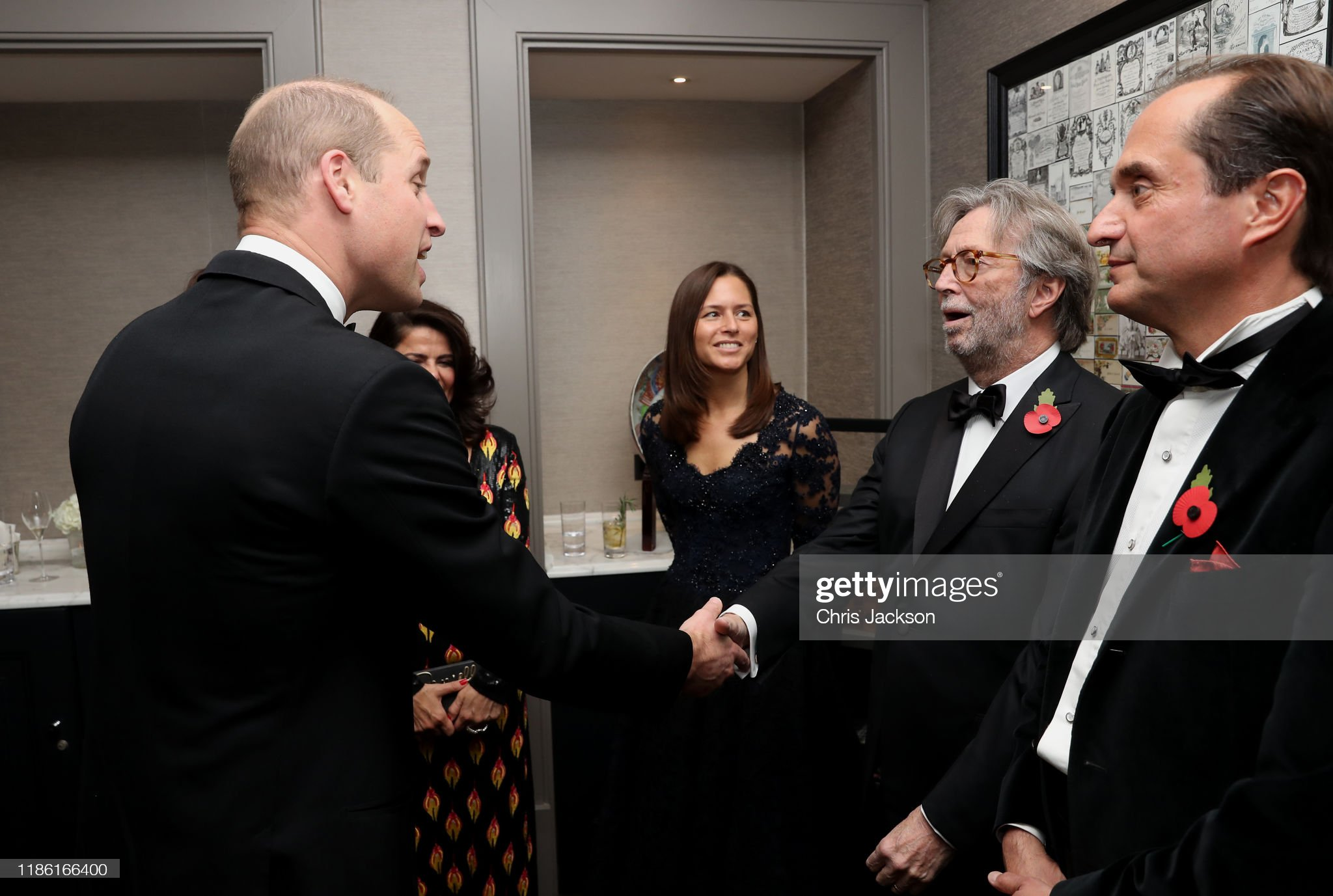 prince-william-duke-of-cambridge-with-eric-clapton-and-guests-as-he-picture-id1186166400