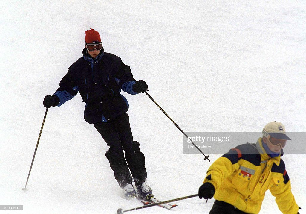 William And Harry Whistler : News Photo