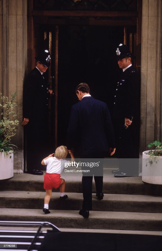 Prince William with Prince Charles, arrives at St. Mary's Hospital, Paddington : News Photo