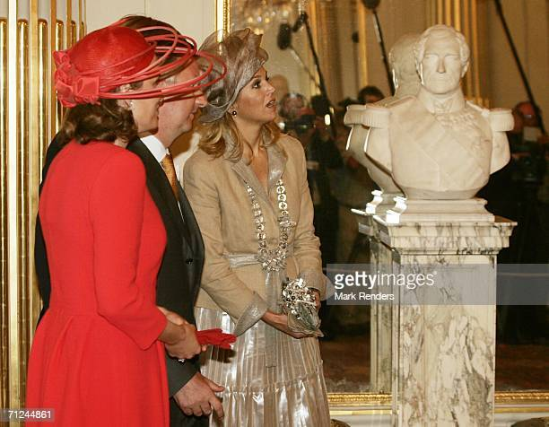 Princes Mathilde Belgian Crown Prince Philippe and Princess Maxima pose for a photo at the Royal Palace during a 3day visit on June 20 2006 in...