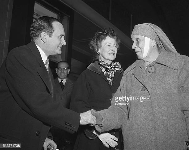 Princess Alice of Greece, , mother of Britain's Duke of Edinburgh, arrived in Washington tonight and was greeted by the Greek Ambassador to the...