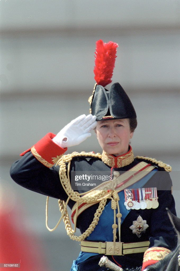 Princess Anne Saluting : News Photo