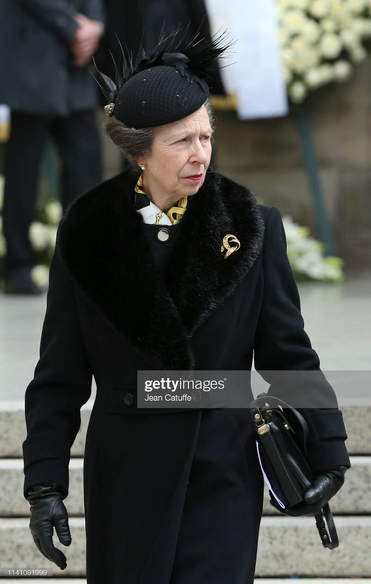 Похороны Великого Герцога Жана https://media.gettyimages.com/photos/princess-anne-leaves-the-funeral-of-grand-duke-jean-of-luxembourg-at-picture-id1141091999?s=2048x2048