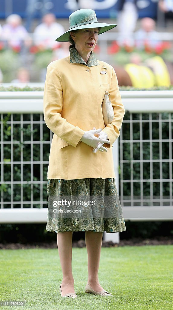 Betfair Weekend King George Day And Summer Garden Party : News Photo