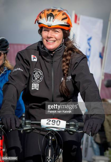 Princess Annette of The Netherlands at the Hollandse 100 ice skating and cycling fund raising event at Flevonice on March 5 2017 in Biddinghuizen...