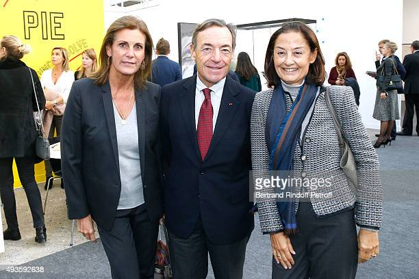 Princess Ariane Poniatowski Sir Lindsay Owen Jones and his wife Lady Cristina attend the 'FIAC 2015 International Contemporary Art Fair' at Le Grand...