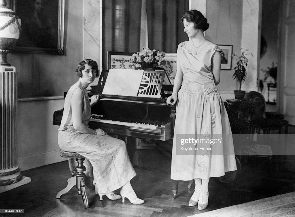 The Sisters Astrid And Margaretha Of Sweden Around 1920 : News Photo