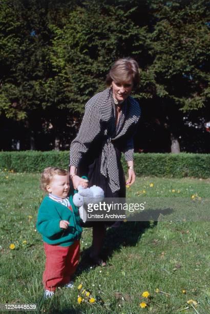 Princess Astrid von Habsburg Lothringen nee of Belgium with the children Joachim Maria Laura and Luisa Maria at Brussels 2000