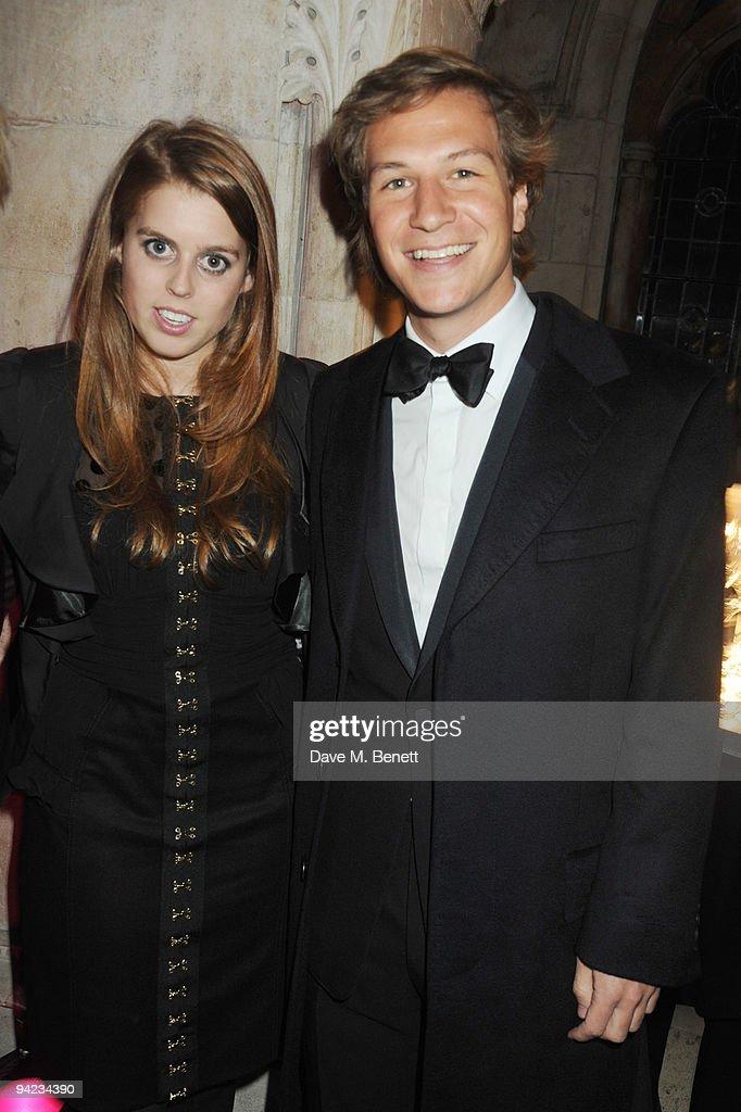 British Fashion Awards - Inside Arrivals : News Photo