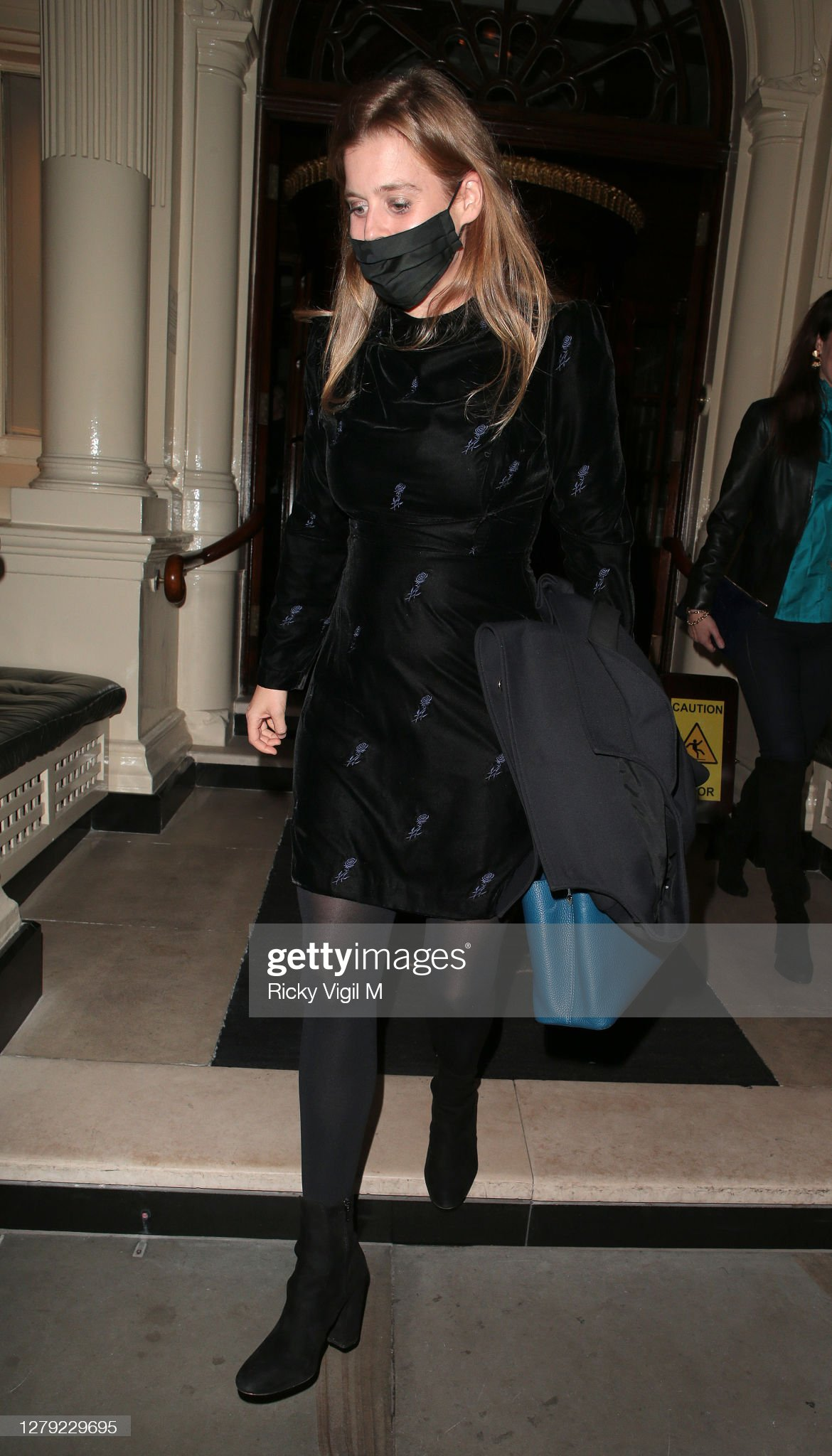 https://media.gettyimages.com/photos/princess-beatrice-seen-on-a-night-out-at-the-connaught-hotel-on-08-picture-id1279229695?s=2048x2048