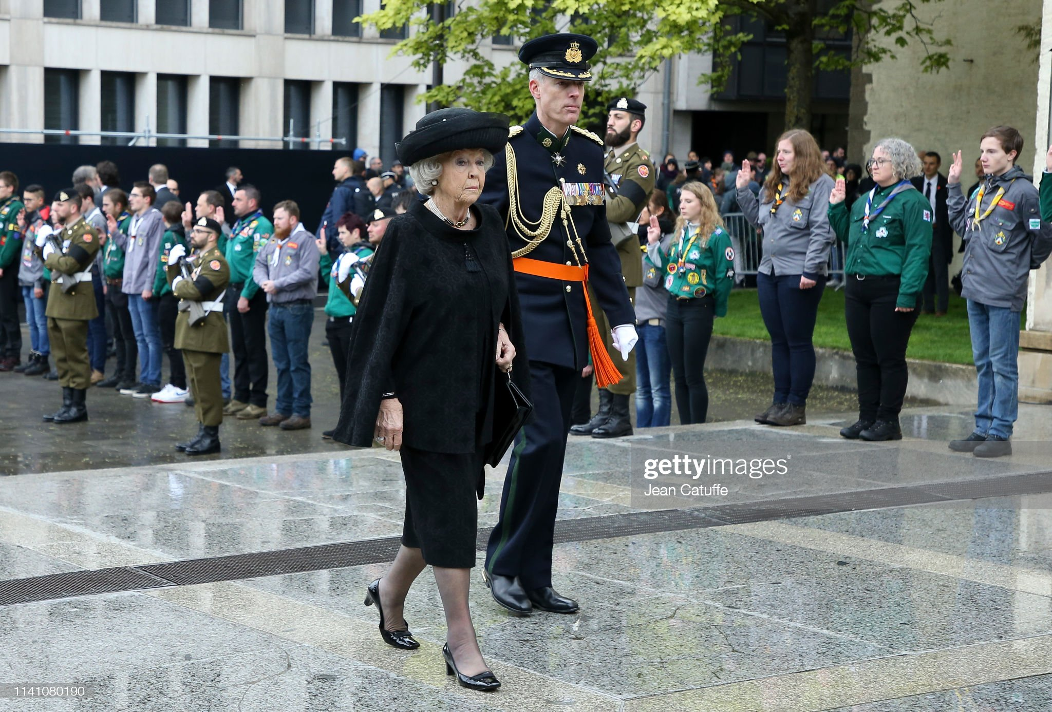 Похороны Великого Герцога Жана https://media.gettyimages.com/photos/princess-beatrix-of-the-netherlands-arrives-for-the-funeral-of-grand-picture-id1141080190?s=2048x2048