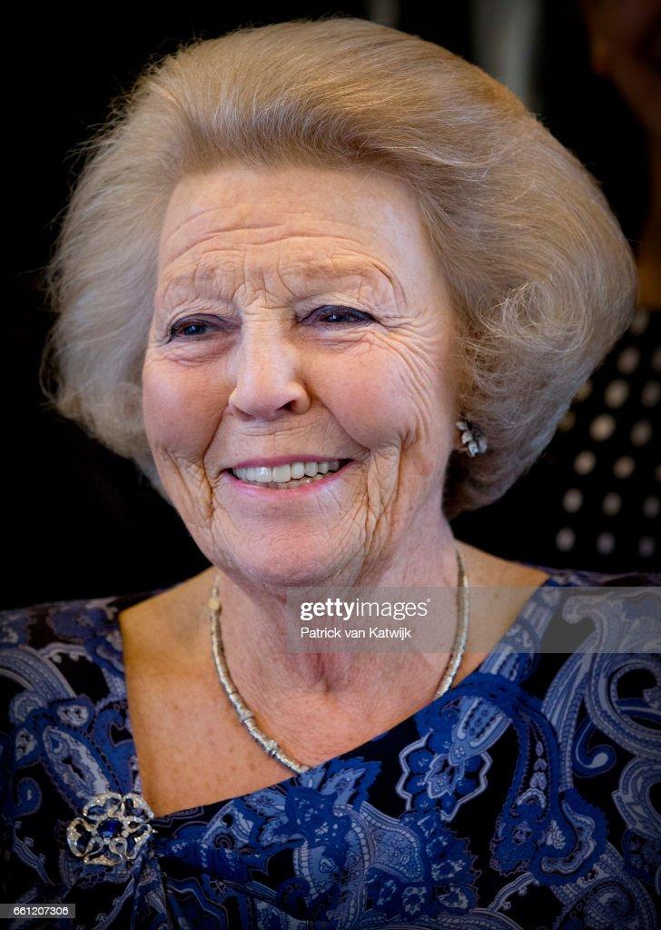 Princess Beatrix Visits Aruba - Day 1 : Nieuwsfoto's