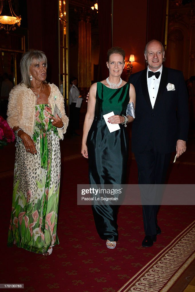 King Carl XVI Gustaf & Queen Silvia Of Sweden Host A Private Dinner Ahead Of The Wedding Of Princess Madeleine & Christopher O'Neill - Inside Arrivals : ニュース写真